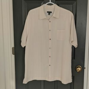 Van Heusen short sleeve collared button up
